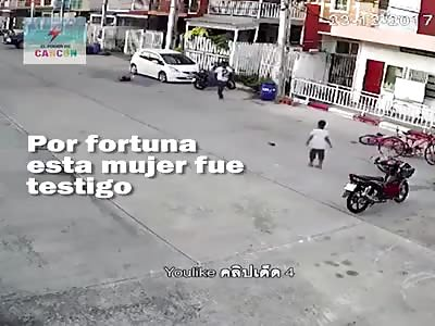 (Repost)Man hits child