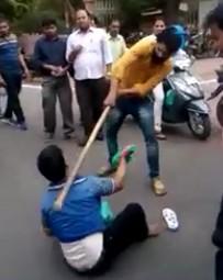 Man Faints After a Blow to the jugular