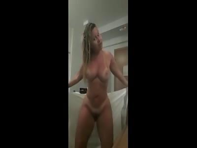 SEXY 438