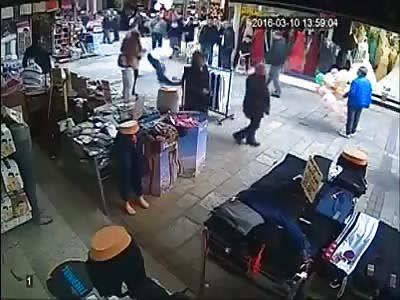The Turkish man hits Syrian Child - Izmir