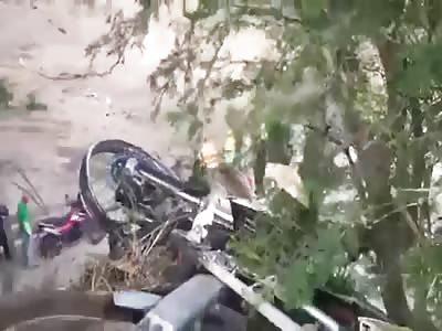 MOTORCYCLE CAES OF BRIDGE AND DIES