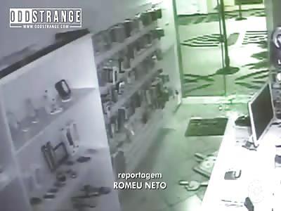 Robber Faceplants Into Glass Door in Brazil