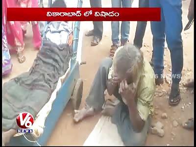 Beggar Carries His Wife's Dead Body On A Push Cart | Vikarabad |