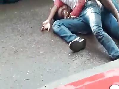 2 man fighting