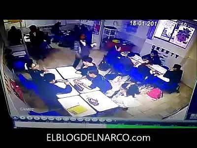(Repost) Vídeo completo y sin censura del tiroteo en escuela de Monterrey