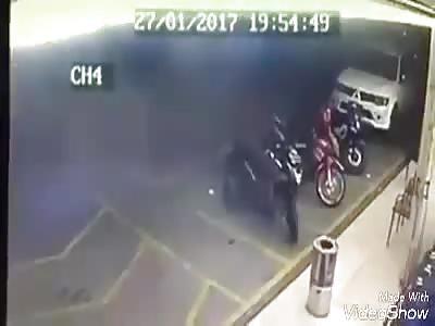 shameful thug shoots citizen