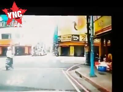 brutal car crash sending Electric rider flying