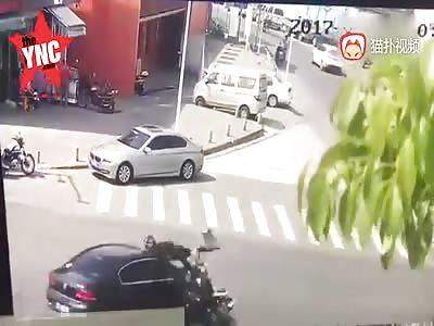 electric car driver Flies 50 meters to the sky then dies