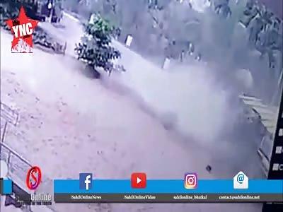 youths get crushed by a truck  in Vennuru near Mangalore