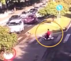 woman crushed by a car on the zebra crossing in Zhejiang
