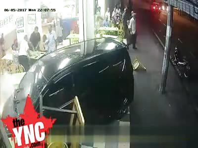 Car crashes straight into a restaurant