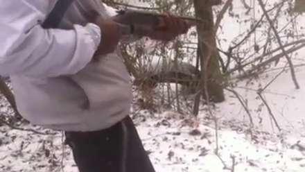 Moron Shoots Himself Dead with a Sawed off Shotgun
