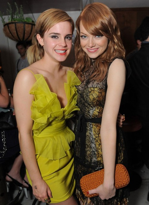 YUM: Emma Watson Wardrobe Fail ..Nip Slippage