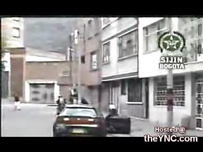 Police Shoot Dead 2 Bank Robbers & Intercept Getaway Car