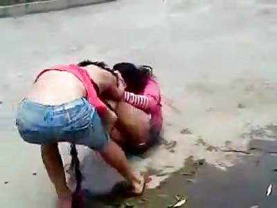 Crazy Transvestites Fight for Street Supremacy