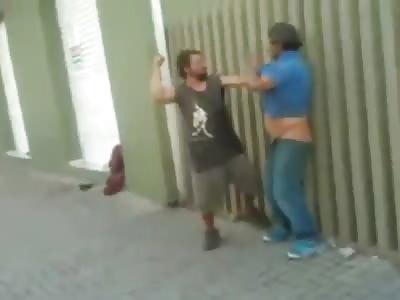 Two Drunken Men Fighting (funny end)