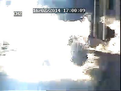 Gas explosion in Iran tragic scene Goldasht School 4 Burning Man (Explosion at 1:20)