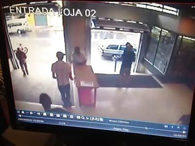 BRAZILIAN POLICE REACT TO ASSAULT
