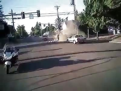 Officer Body Camera Captures Car Crash (Oregon)