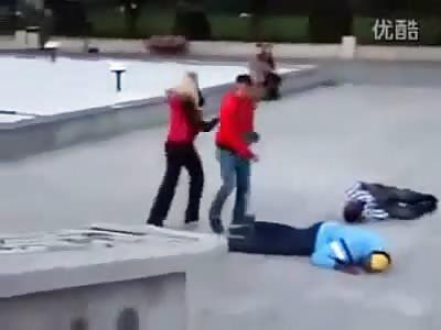 Karate BADASS beats up 4 blacks